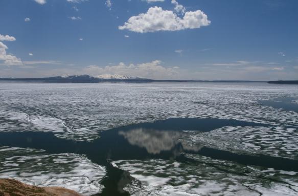 ice on Yellowstone Lake